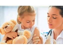 Обережно: дифтерія! МОЗ закликає вакцинувати дітей і вакцинуватися дорослим